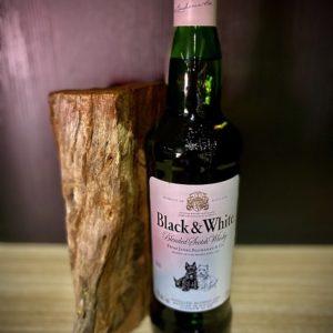 Black & White Whiskey 750ml